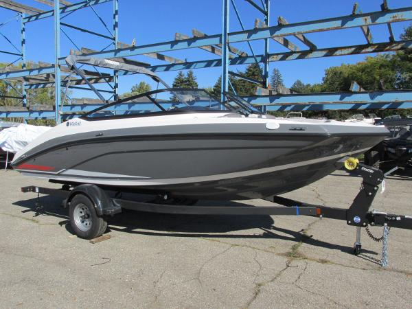 2021 Yamaha boat for sale, model of the boat is SX190 & Image # 2 of 38