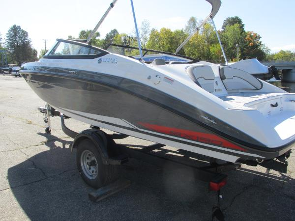 2021 Yamaha boat for sale, model of the boat is SX190 & Image # 8 of 38
