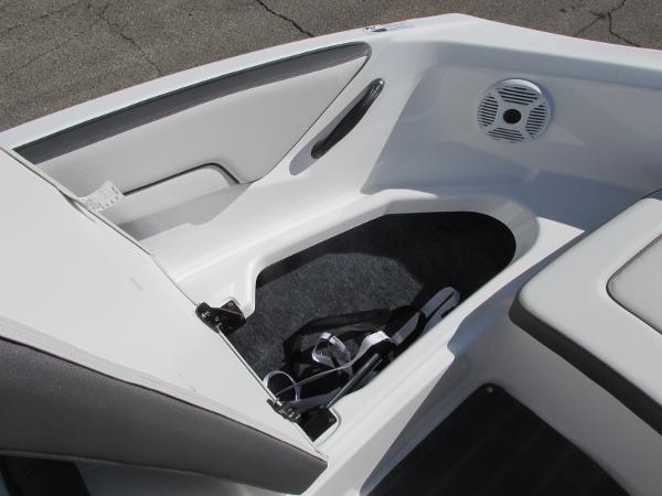 2021 Yamaha boat for sale, model of the boat is SX190 & Image # 13 of 38