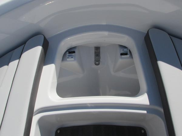 2021 Yamaha boat for sale, model of the boat is SX190 & Image # 14 of 38
