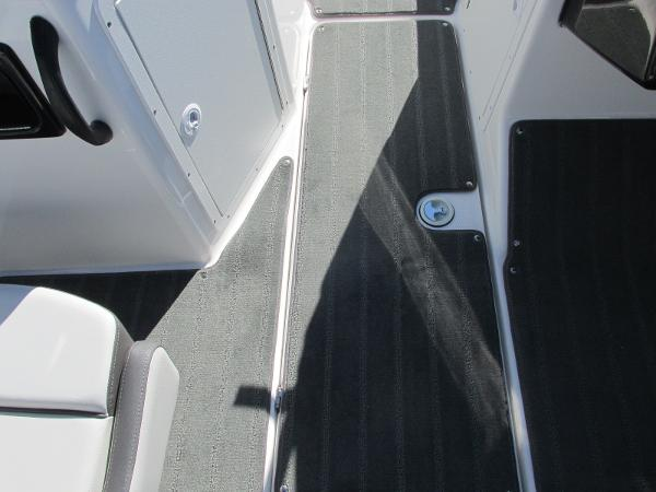 2021 Yamaha boat for sale, model of the boat is SX190 & Image # 18 of 38