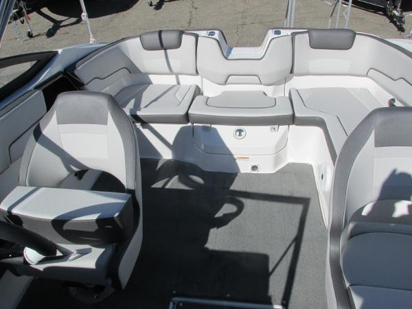 2021 Yamaha boat for sale, model of the boat is SX190 & Image # 20 of 38