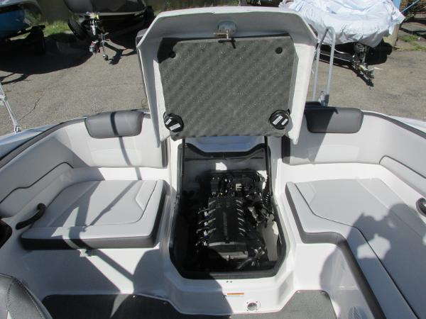 2021 Yamaha boat for sale, model of the boat is SX190 & Image # 21 of 38