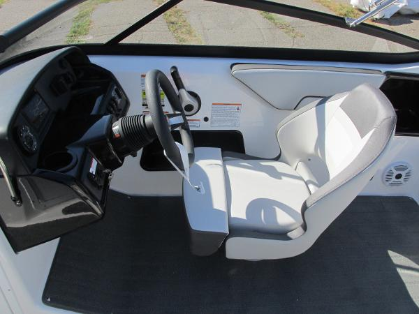 2021 Yamaha boat for sale, model of the boat is SX190 & Image # 26 of 38