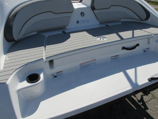 2021 Yamaha boat for sale, model of the boat is SX190 & Image # 31 of 38