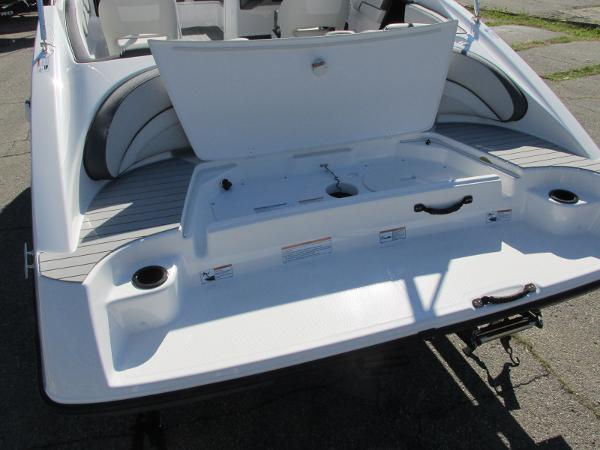 2021 Yamaha boat for sale, model of the boat is SX190 & Image # 32 of 38