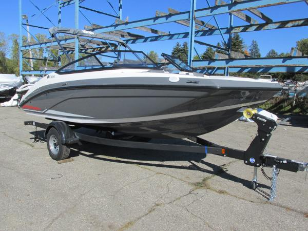 2021 Yamaha boat for sale, model of the boat is SX190 & Image # 35 of 38