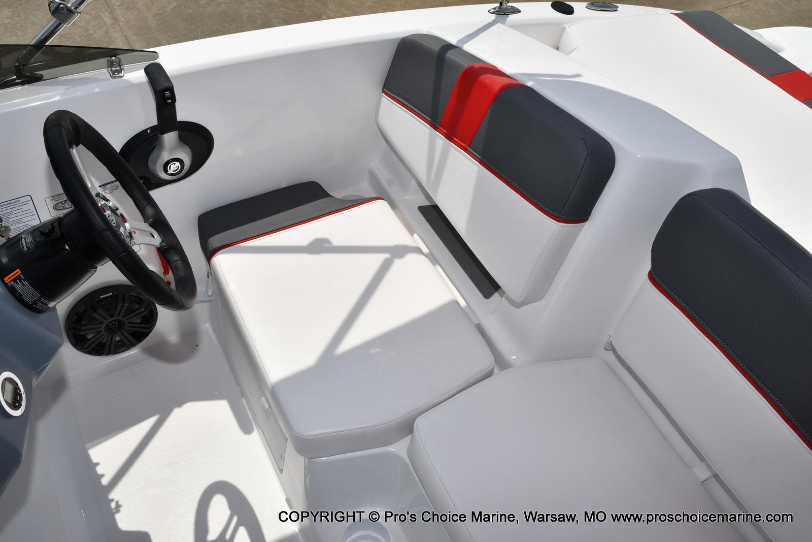 2022 Tahoe boat for sale, model of the boat is T18 w/115HP Mercury Pro-XS 4 Stroke & Image # 11 of 50