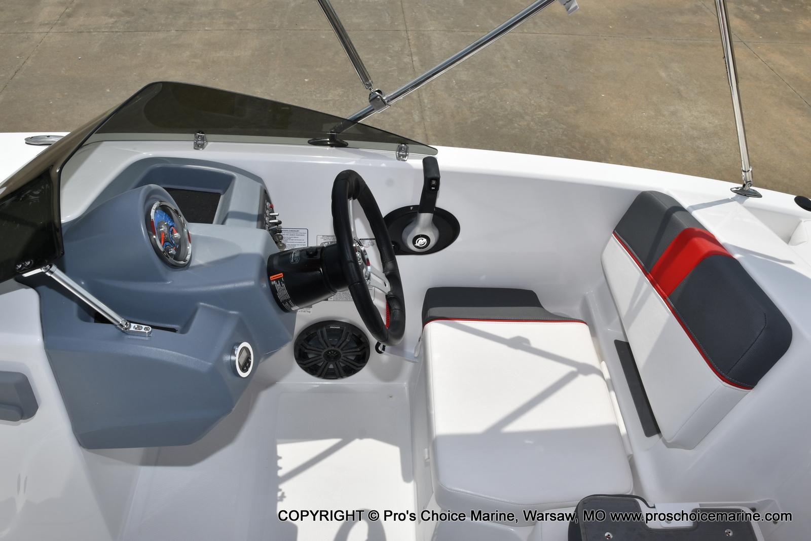 2022 Tahoe boat for sale, model of the boat is T18 w/115HP Mercury Pro-XS 4 Stroke & Image # 7 of 50