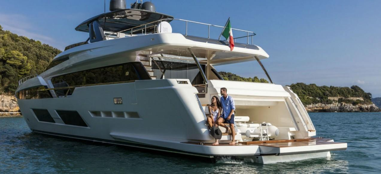 Manufacturer Provided Image: Ferretti Yachts 920
