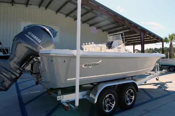 2020 Bulls Bay boat for sale, model of the boat is 2200 & Image # 5 of 21