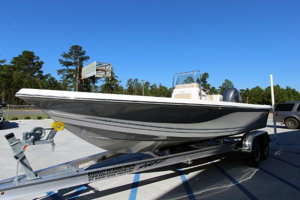 2020 Bulls Bay boat for sale, model of the boat is 2200 & Image # 2 of 21