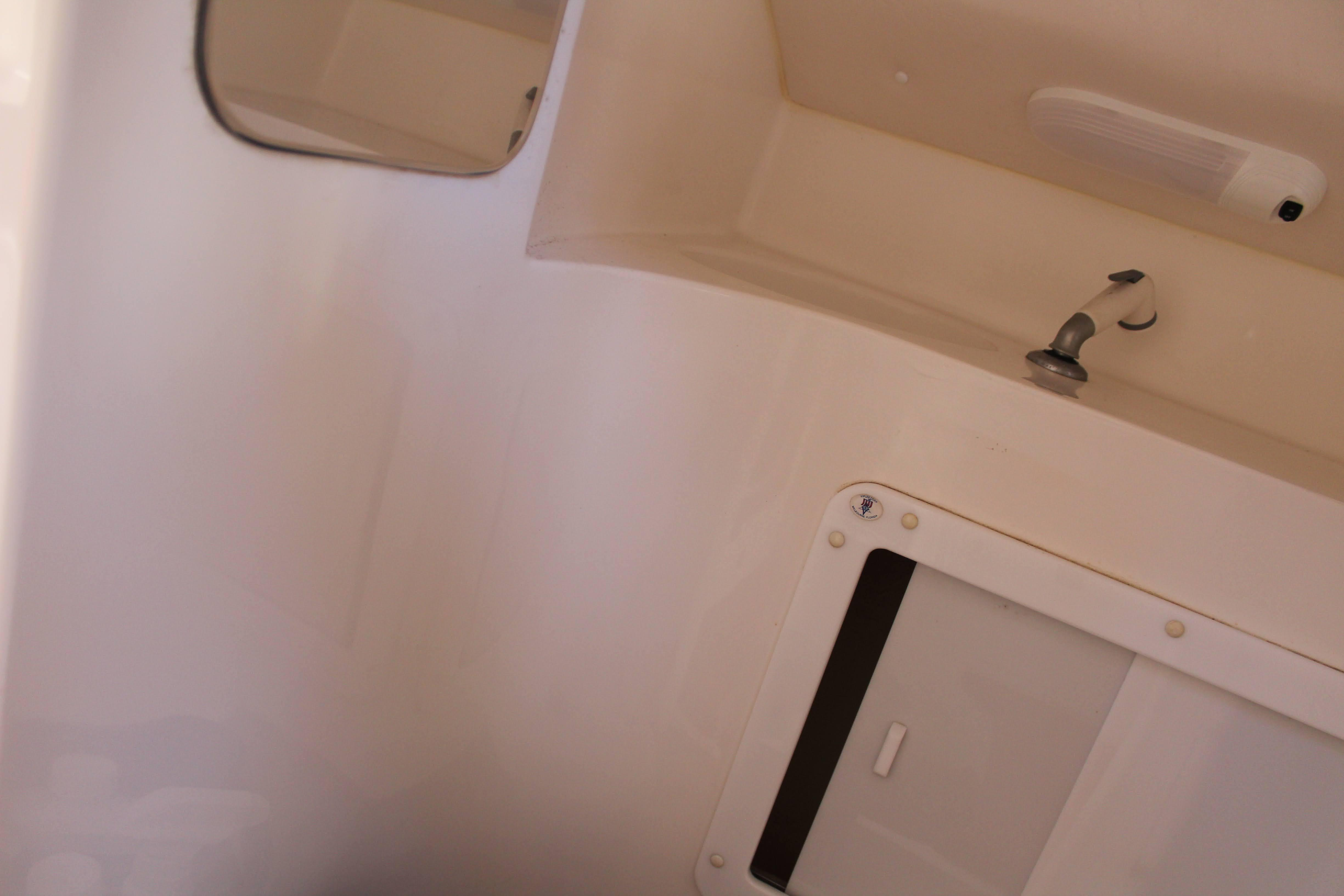 M 6547 RD Knot 10 Yacht Sales