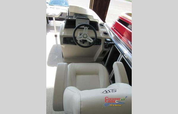 2021 Silver Wave boat for sale, model of the boat is 2410CLS SW3 & Image # 4 of 6