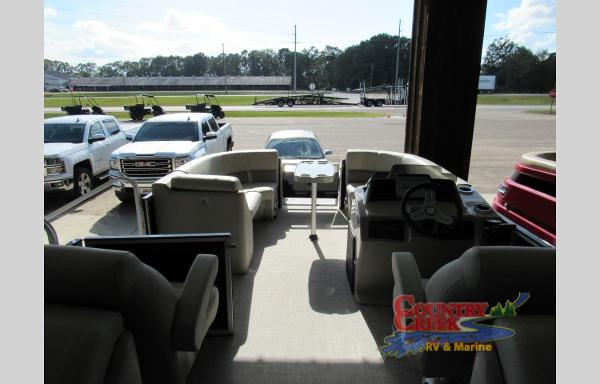 2021 Silver Wave boat for sale, model of the boat is 2410CLS SW3 & Image # 5 of 6