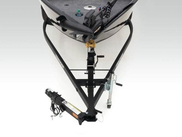 2021 Tracker Boats boat for sale, model of the boat is Pro Guide™ V-165 WT & Image # 4 of 41