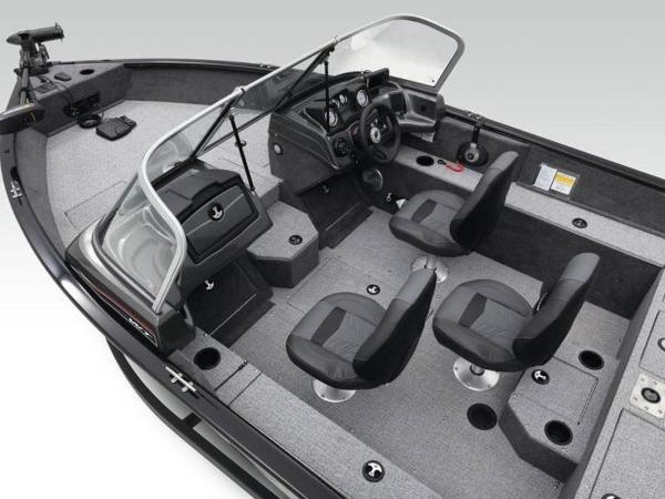 2021 Tracker Boats boat for sale, model of the boat is Pro Guide™ V-165 WT & Image # 13 of 41