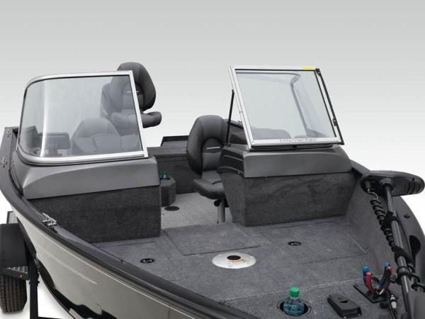 2021 Tracker Boats boat for sale, model of the boat is Pro Guide™ V-165 WT & Image # 14 of 41