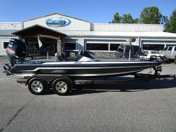 2015 Skeeter boat for sale, model of the boat is ZX 225 & Image # 1 of 20