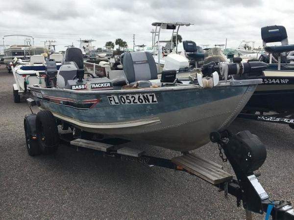 1987 Tracker Boats boat for sale, model of the boat is Tournament 17 & Image # 2 of 8