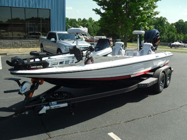 2021 Skeeter boat for sale, model of the boat is ZXR 20 & Image # 3 of 29