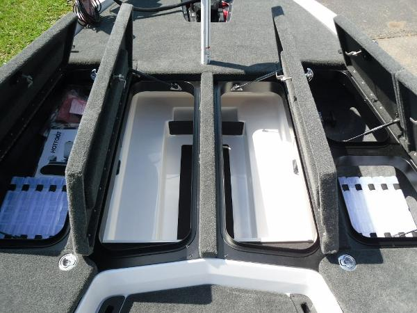 2021 Skeeter boat for sale, model of the boat is ZXR 20 & Image # 11 of 29