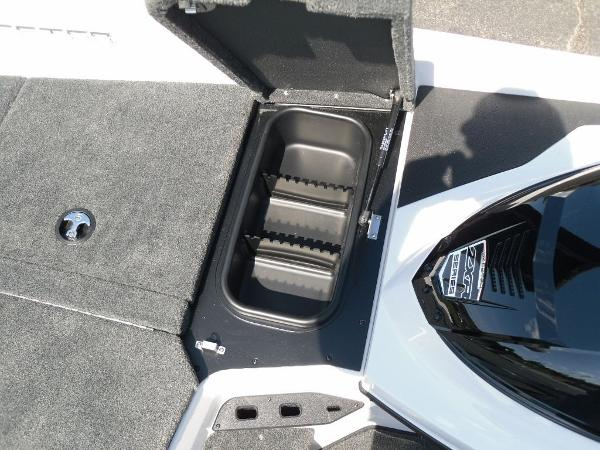2021 Skeeter boat for sale, model of the boat is ZXR 20 & Image # 15 of 29