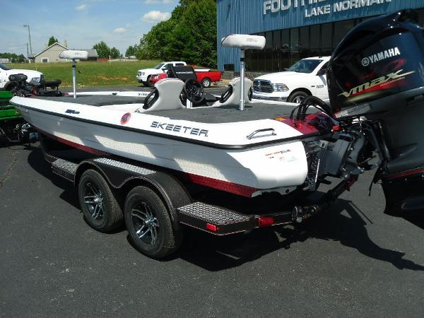 2021 Skeeter boat for sale, model of the boat is ZXR 20 & Image # 23 of 29