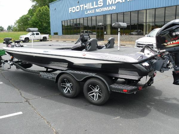 2021 Skeeter boat for sale, model of the boat is ZXR 21 & Image # 4 of 28