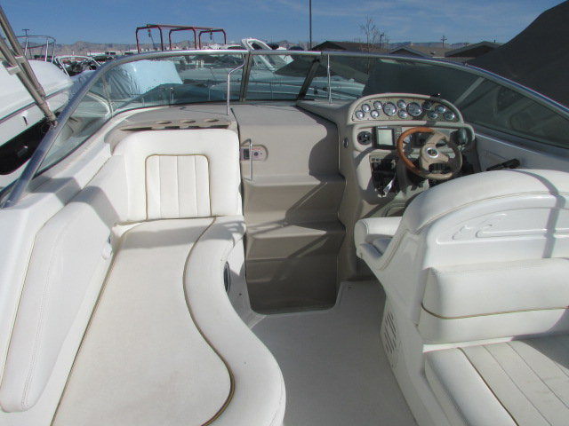 2001 Sea Ray boat for sale, model of the boat is 270 Sundancer & Image # 13 of 27