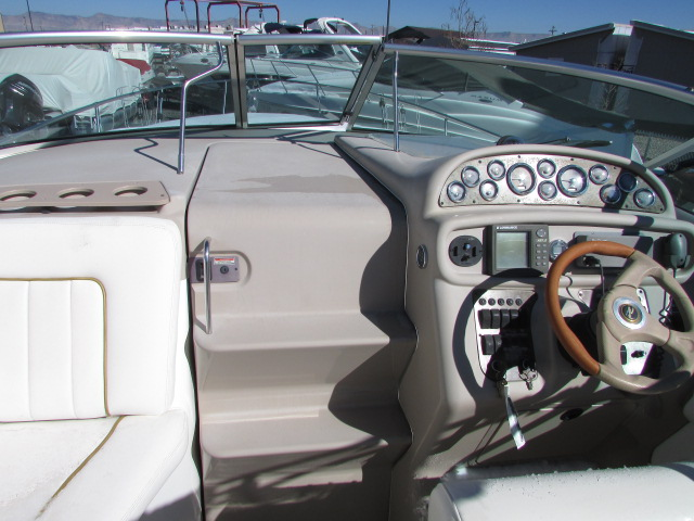 2001 Sea Ray boat for sale, model of the boat is 270 Sundancer & Image # 23 of 27