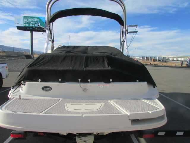 2009 Sea Ray boat for sale, model of the boat is 230 Sundeck & Image # 19 of 26