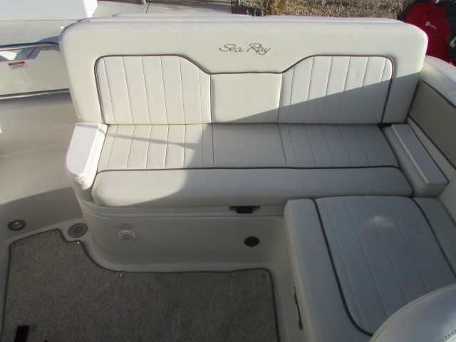 2009 Sea Ray boat for sale, model of the boat is 230 Sundeck & Image # 25 of 26