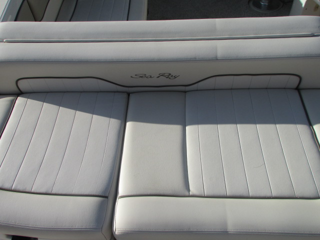 2009 Sea Ray boat for sale, model of the boat is 230 Sundeck & Image # 21 of 26