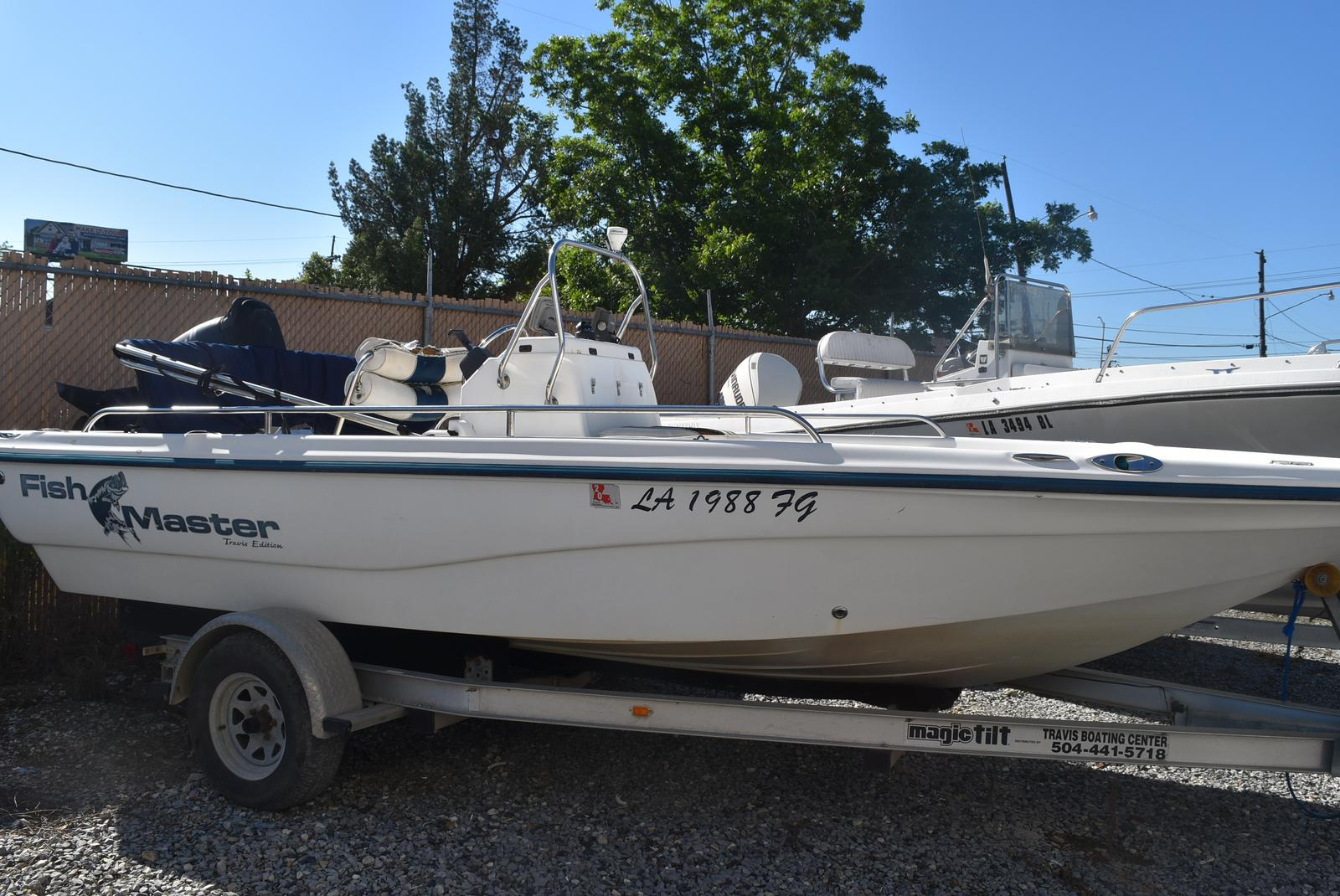 2003 Fish Master boat for sale, model of the boat is 19 & Image # 1 of 6