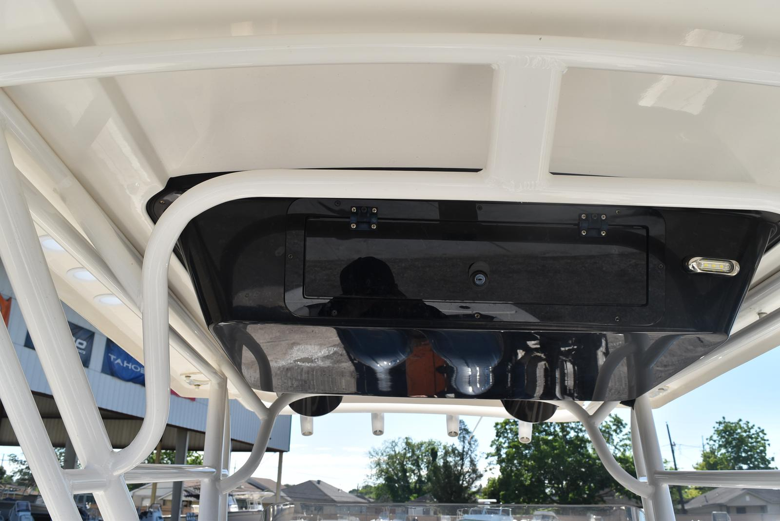 2016 Wellcraft boat for sale, model of the boat is 242 & Image # 2 of 19