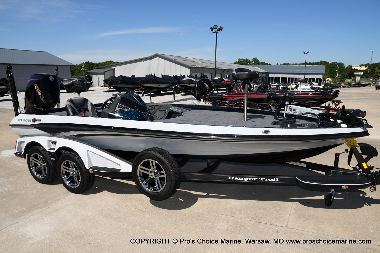 2021 Ranger Boats boat for sale, model of the boat is Z520L HUMMINBIRD EDITION & Image # 1 of 50