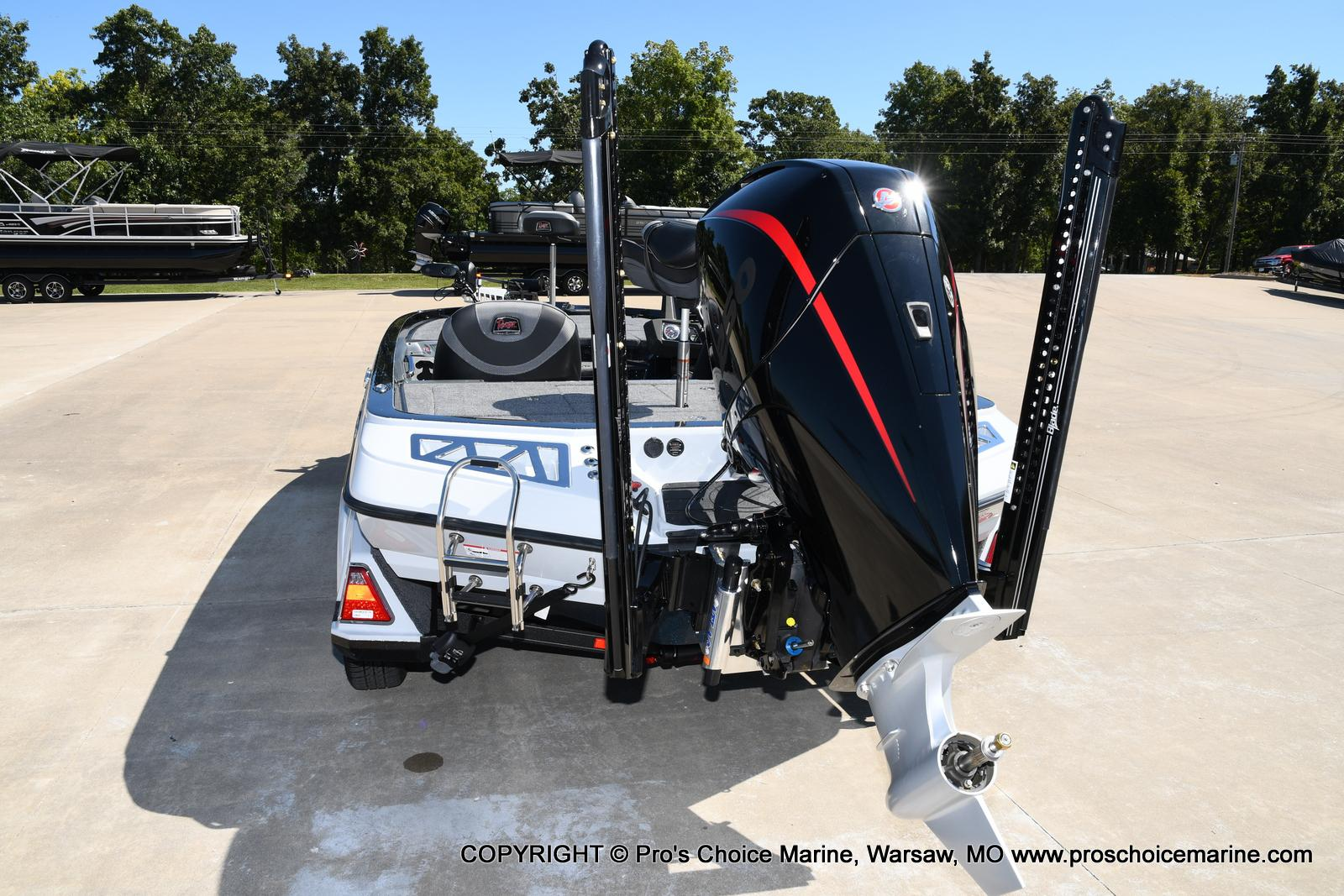 2021 Ranger Boats boat for sale, model of the boat is Z520L HUMMINBIRD EDITION & Image # 3 of 50