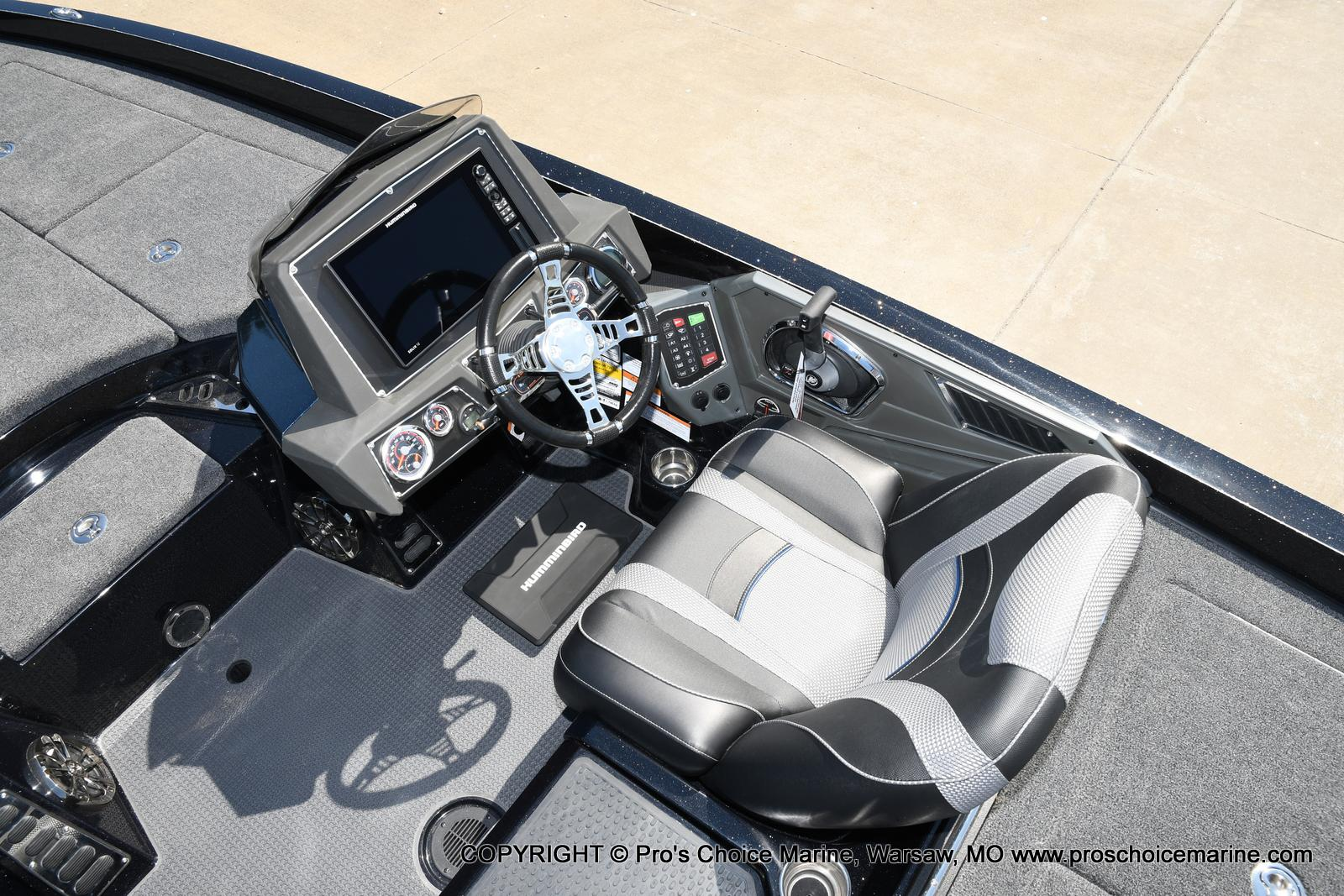 2021 Ranger Boats boat for sale, model of the boat is Z520L HUMMINBIRD EDITION & Image # 38 of 50