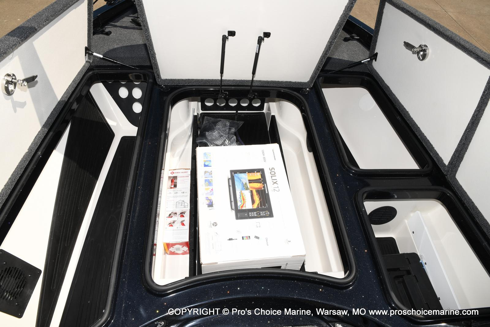 2021 Ranger Boats boat for sale, model of the boat is Z520L HUMMINBIRD EDITION & Image # 42 of 50