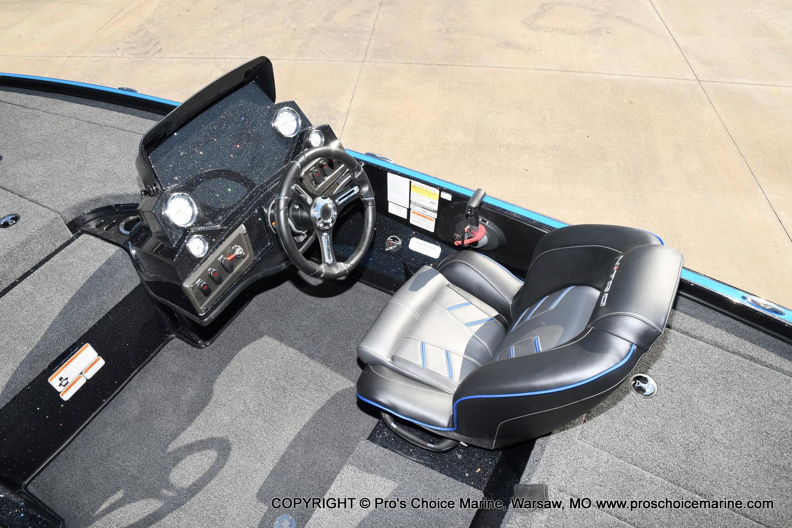 2021 Nitro boat for sale, model of the boat is Z18 & Image # 18 of 50