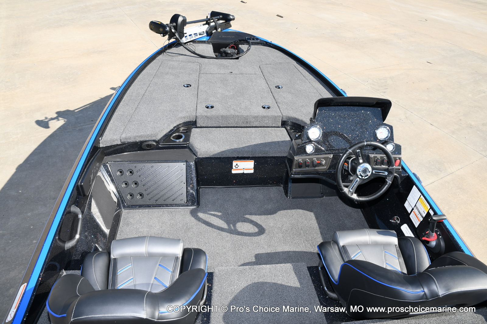 2021 Nitro boat for sale, model of the boat is Z18 & Image # 31 of 50