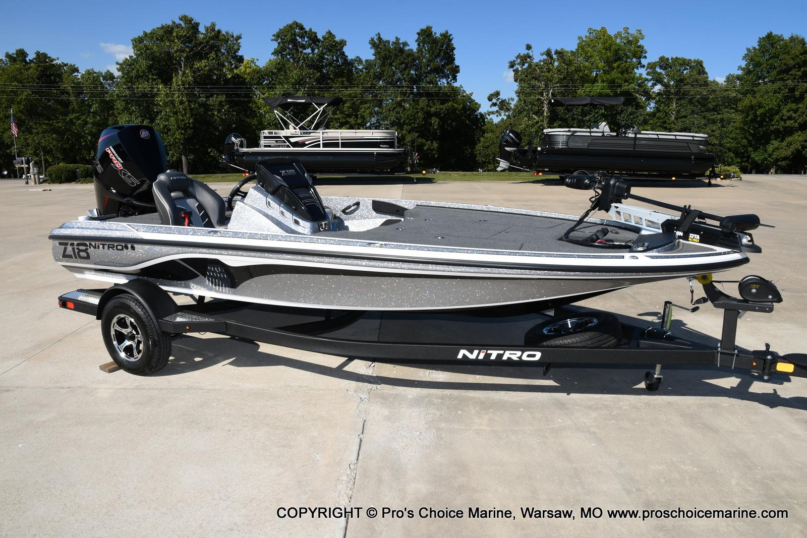 2021 Nitro boat for sale, model of the boat is Z18 w/175HP Pro-XS & Image # 2 of 50