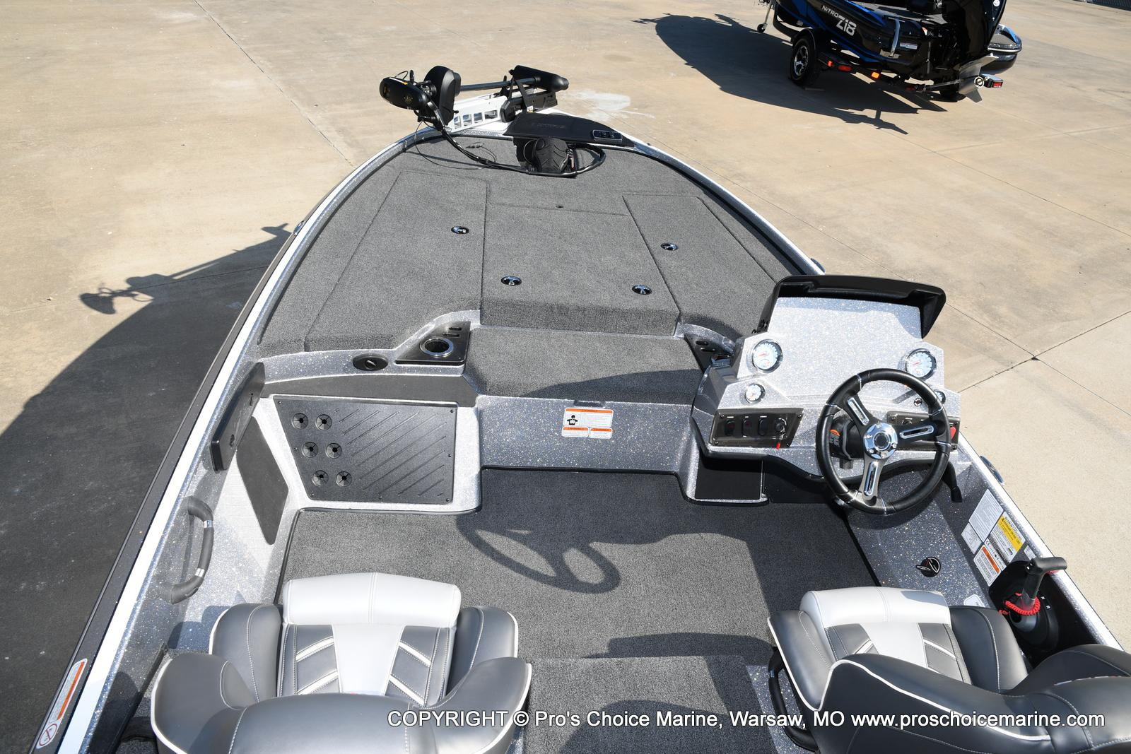 2021 Nitro boat for sale, model of the boat is Z18 w/175HP Pro-XS & Image # 33 of 50