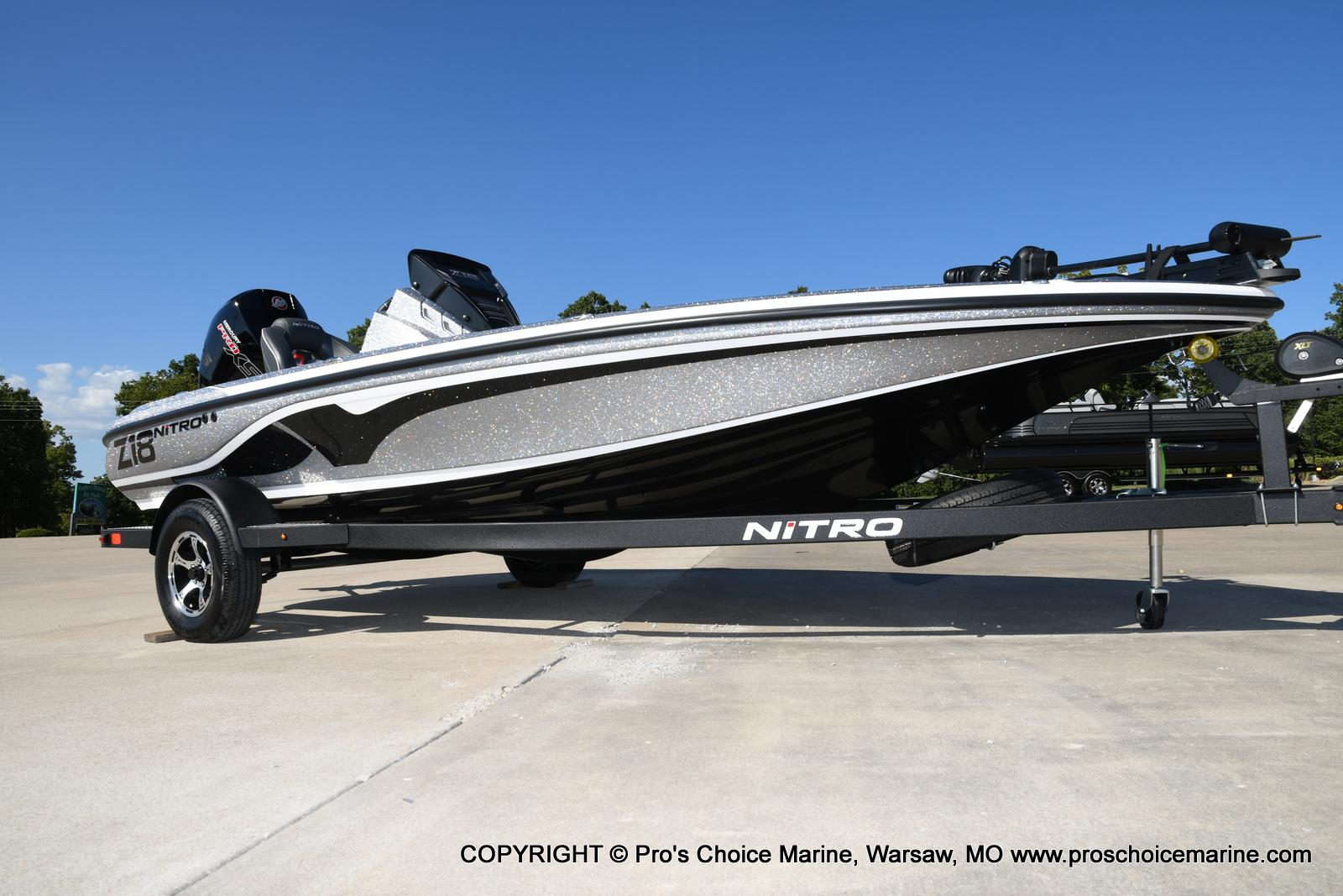 2021 Nitro boat for sale, model of the boat is Z18 w/175HP Pro-XS & Image # 16 of 50