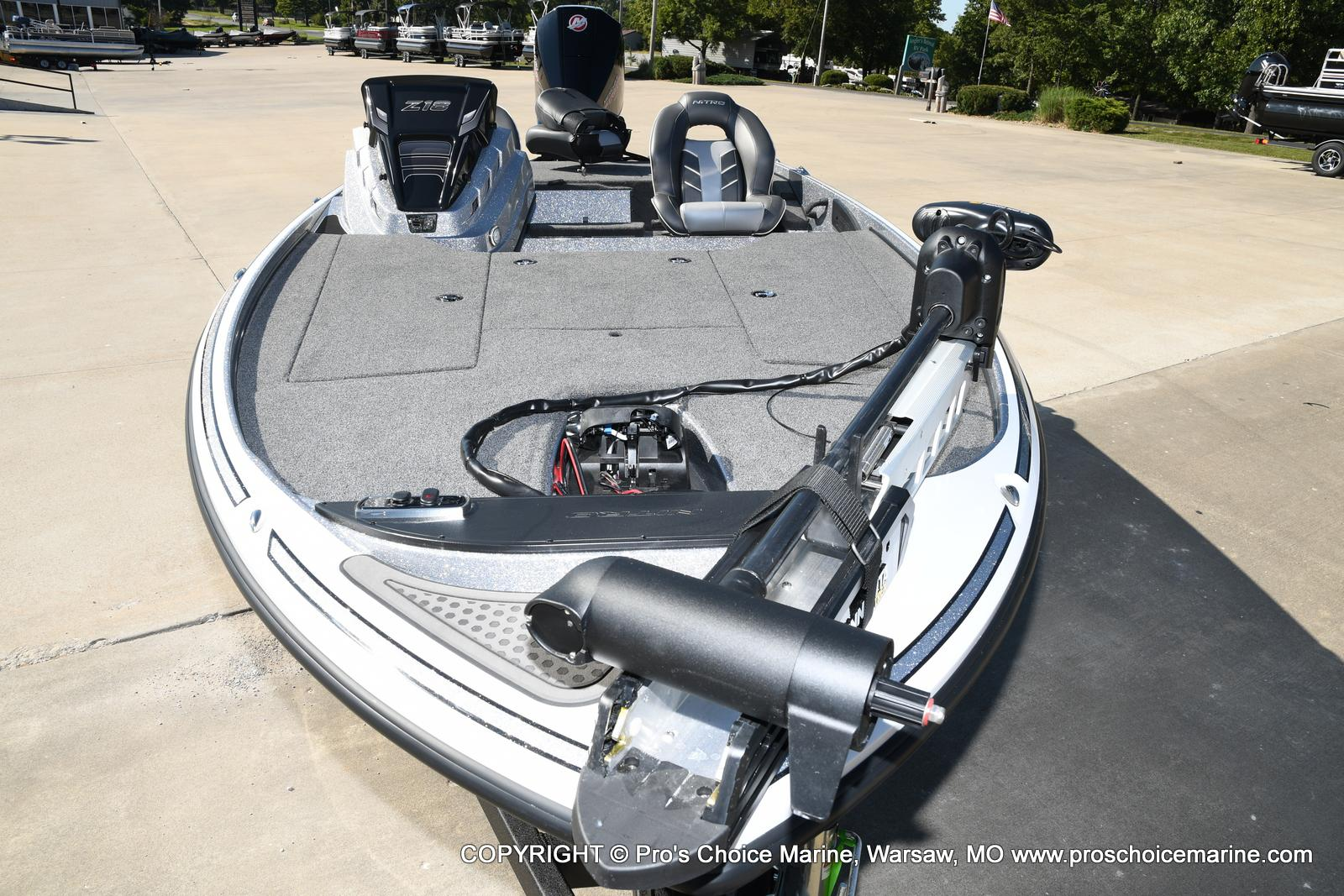 2021 Nitro boat for sale, model of the boat is Z18 w/175HP Pro-XS & Image # 6 of 50
