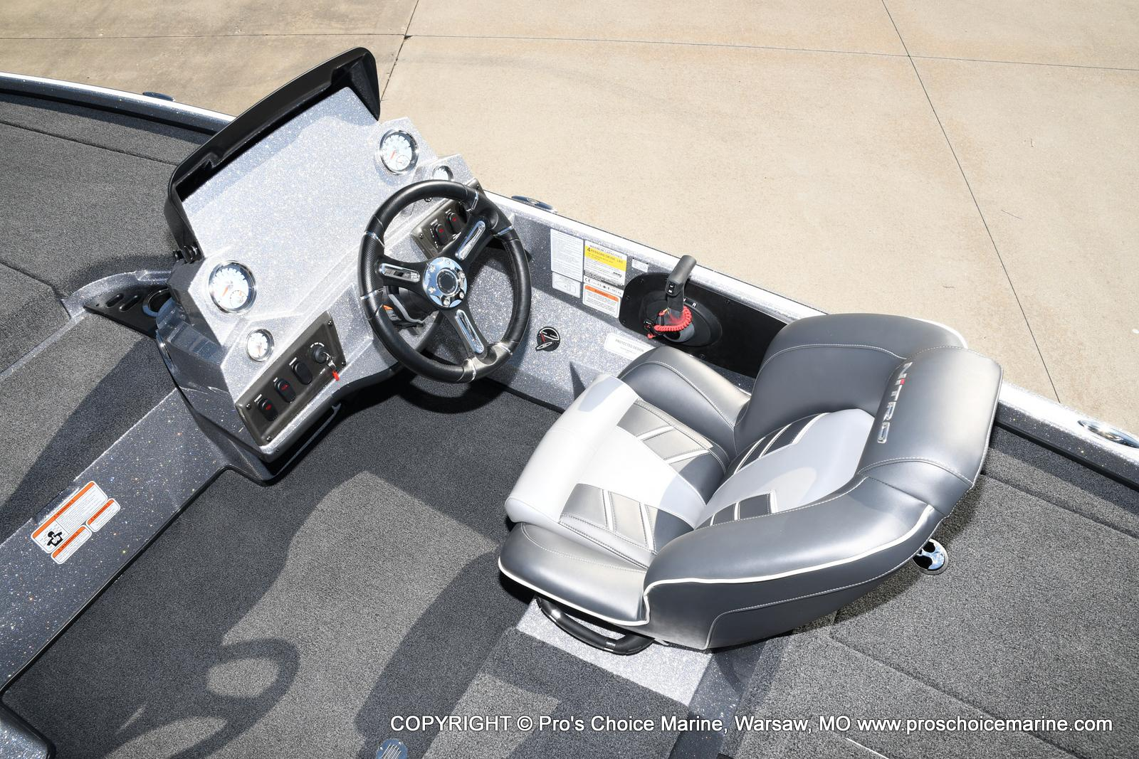 2021 Nitro boat for sale, model of the boat is Z18 w/175HP Pro-XS & Image # 8 of 50