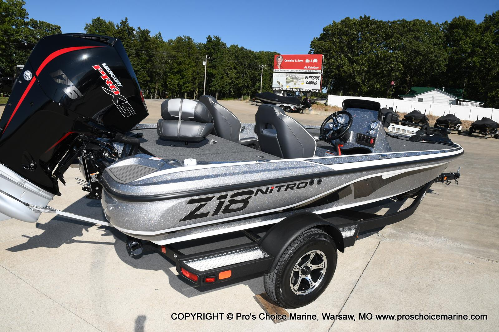 2021 Nitro boat for sale, model of the boat is Z18 w/175HP Pro-XS & Image # 18 of 50