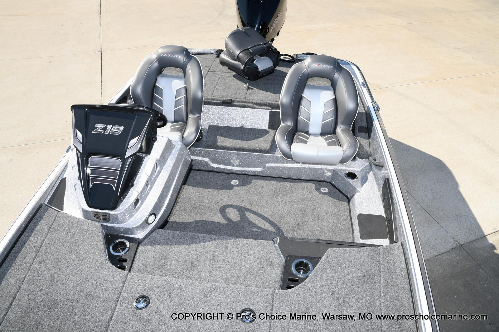2021 Nitro boat for sale, model of the boat is Z18 w/175HP Pro-XS & Image # 26 of 50