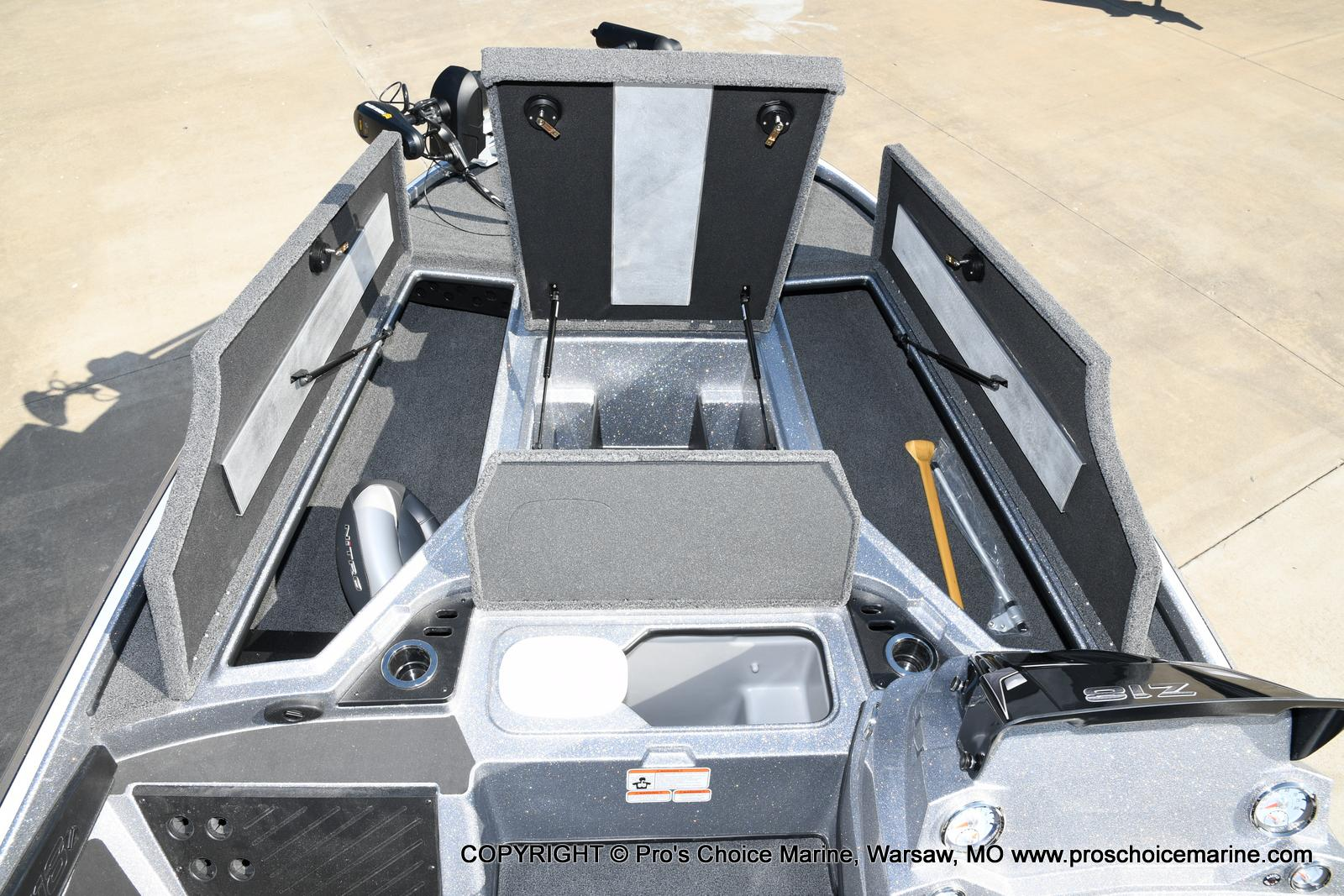 2021 Nitro boat for sale, model of the boat is Z18 w/175HP Pro-XS & Image # 45 of 50